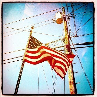 lightpole_flag