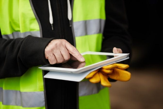 how mobile devices are revolutionizing the construction industry